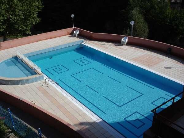 Perruche du buis arques maisons de vacances avec piscine for Piscine des gayeulles rennes